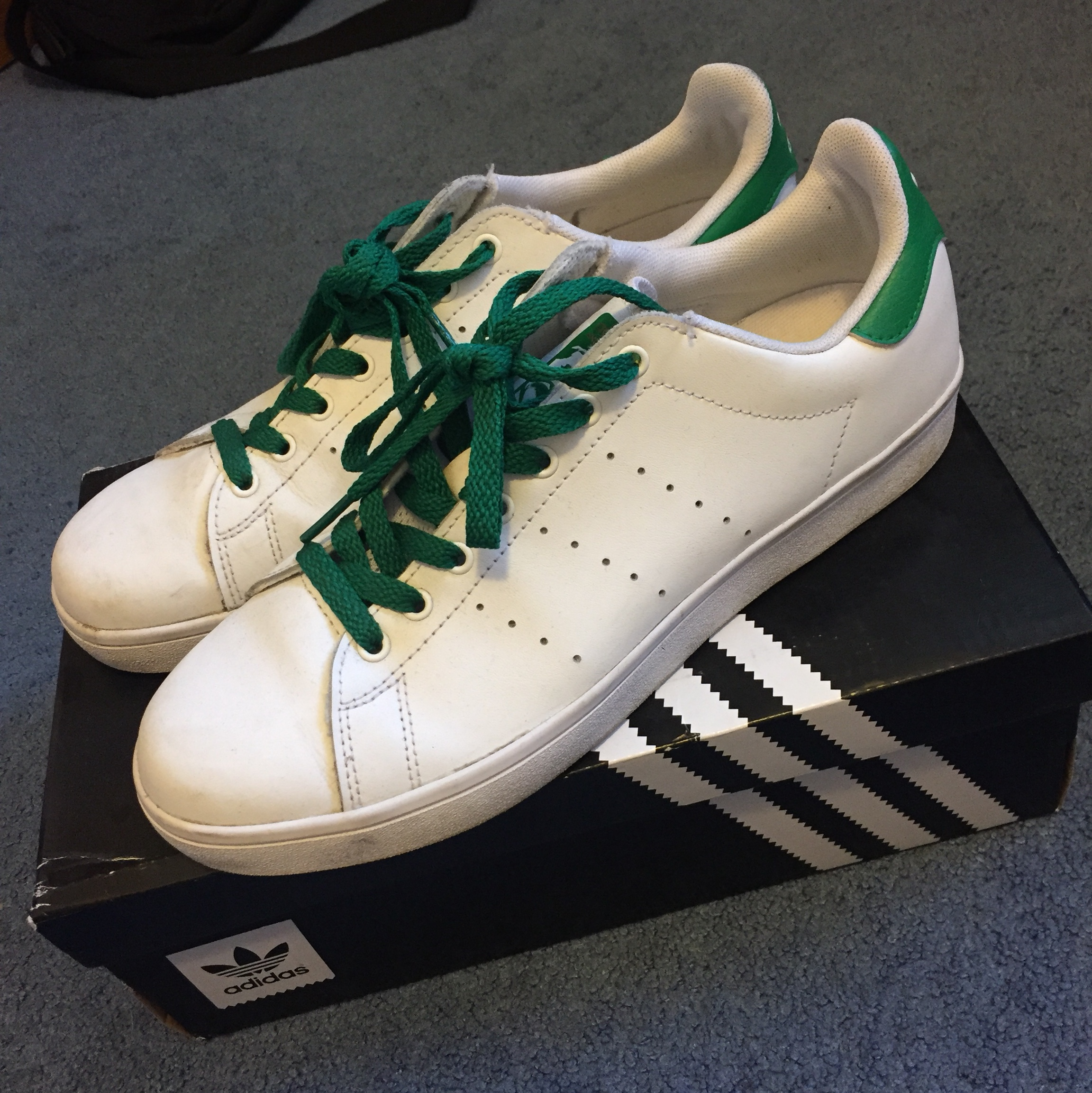 buy online 28a7d e46f9 Adidas Stan Smith Vulc with green laces (Box and... - Depop