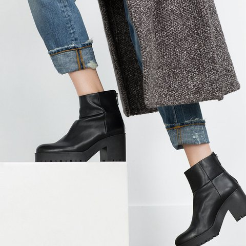 5f4118b62c6 @mariapa88. last year. New York, United States. Leather ankle boots with track  sole