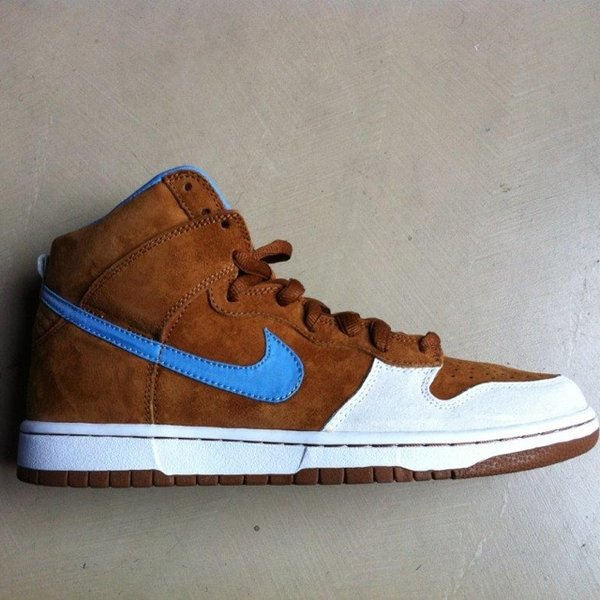 new concept 2a10e 03736 Nike Sb Dunk high designed- 0