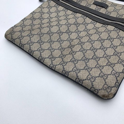 7174cf893c12c Gucci Navy OG Monogram sidebag In good used condition Small - Depop