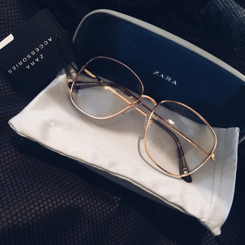 38cb47f5231d Selling these gold metal frame clear lens glasses... - Depop