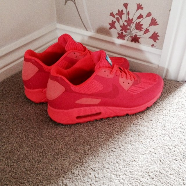 d6453b81 @joshmair96. 5 years ago. Birmingham, United Kingdom. Airmax 90 hyperfuse  USA solar red.