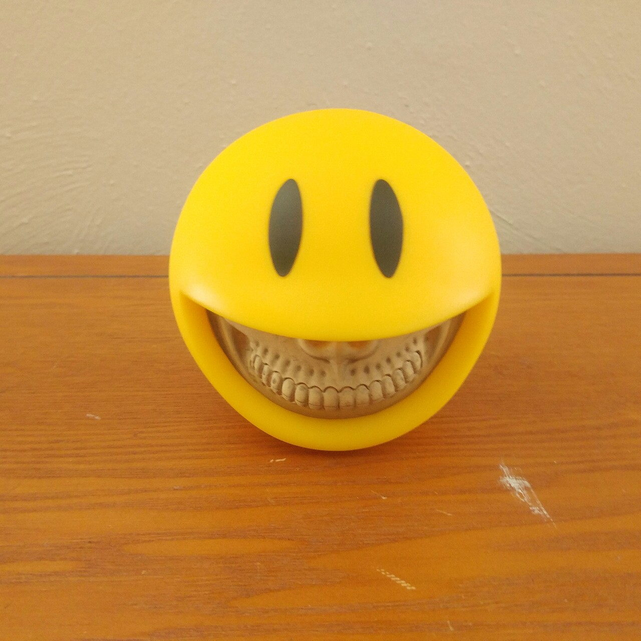 Ron English Smiley Grin coin bank  I don't think    - Depop
