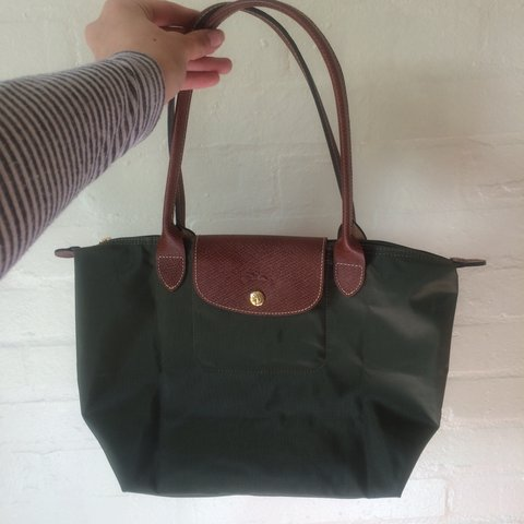 29ae2fd7cc21 Longchamp Le Pliage small tote in green. Open to offers