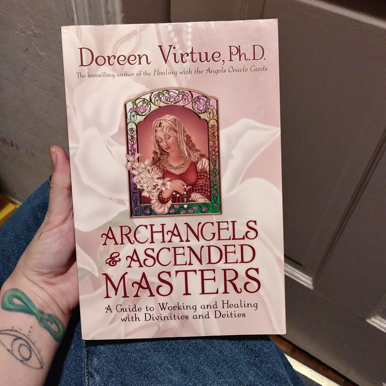 Archangels & Ascended Masters A guide to working    - Depop