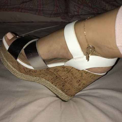 1bd8831ecf9 •BRAND NEW gorgeous heel wedges •Size 5 •only selling as I - Depop