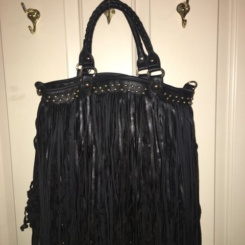 f649052028 This fringe bag has been used but I m only interested in rid - Depop