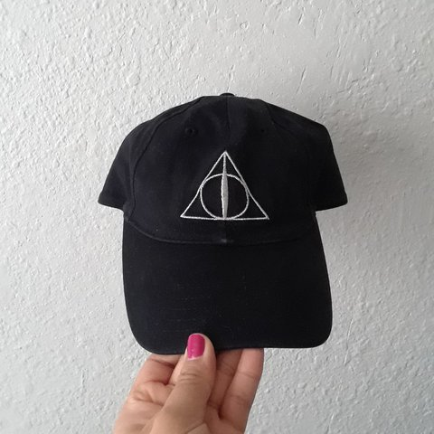 5a5d85c17ef Official Harry Potter Deathly Hallows Cap☠bought this at the - Depop