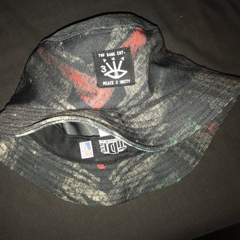 TDE BUCKET HAT IN L XL. 9 10 condition. Worn twice. - Depop 42bc4bff1b4