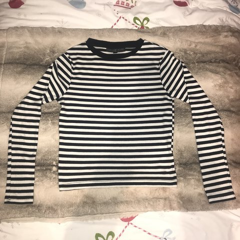 f170d22b85fa @esme_holmes. last year. West End, United Kingdom. REDUCED PRICE Topshop  Black and white striped long sleeve top