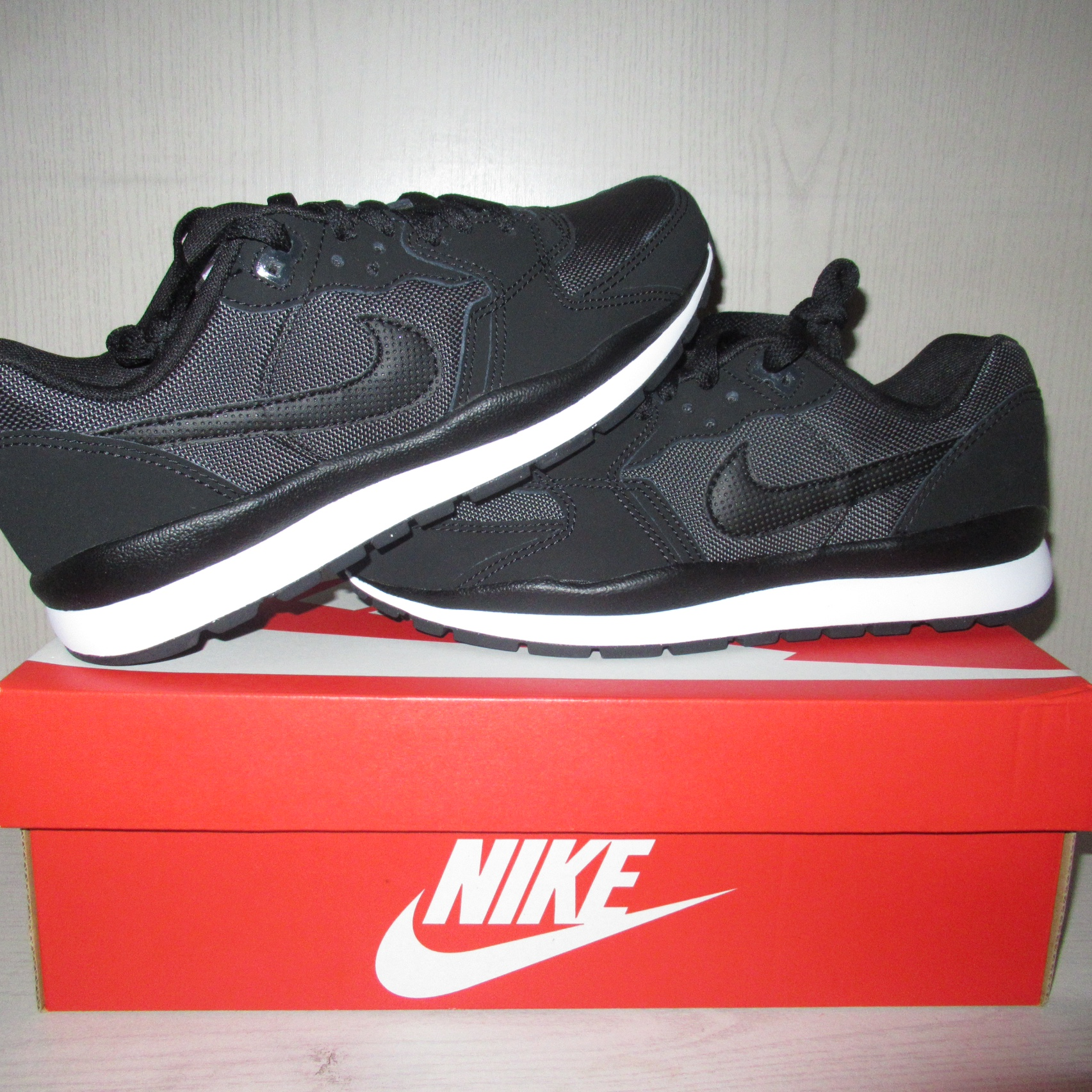Nike Air Windrunner TR 2 Condition