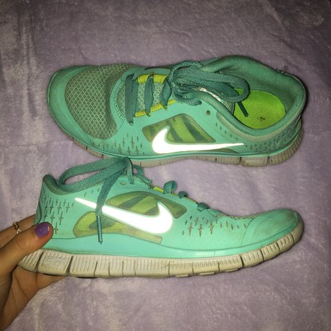 6ed68e581084 ⚠ LOOKING FOR QUICK SELL 👟 Nike Tiffany Green Free Run UK - Depop