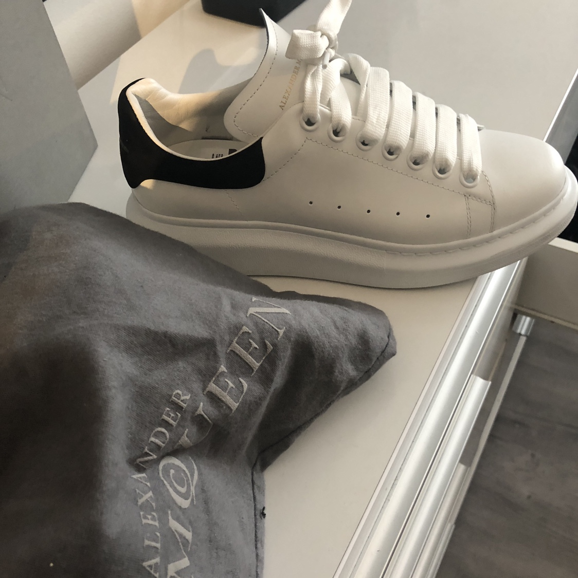 Alexander McQueen - Larry white leather