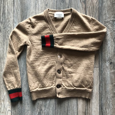 518a14179 @unhealthymind. last year. Phoenix, United States. Authentic Gucci Cardigan