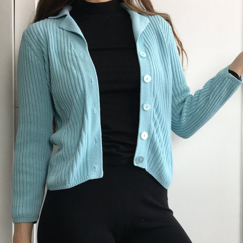 08fc83db40 ~super cute cardigan~ •size medium 👍 the sleeves were too   - Depop