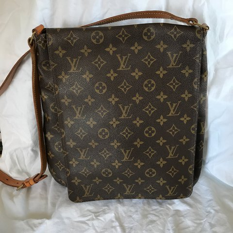 ef85c3123 @julieamers. 2 years ago. Ryton, United Kingdom. Authentic Vintage Louis  Vuitton large Musette Salsa Messenger Bag