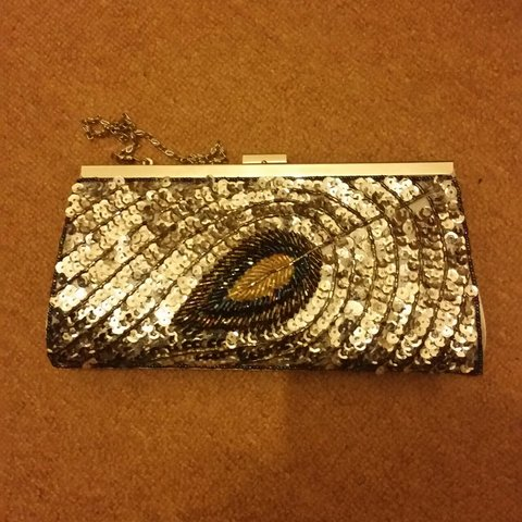 ff247a6d940 Sequin clutch bag with chain from Elsie's attic. Gorgeous A - Depop