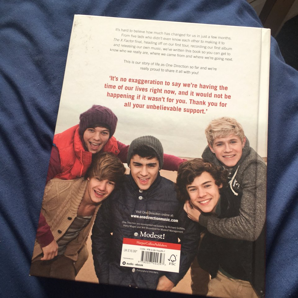 """Dare To Dream"""" book by One Direction, their first    - Depop"""