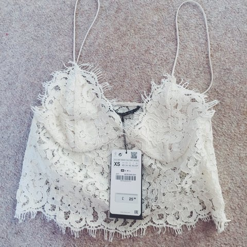 5a4f9c276de Zara white/cream lace bralet/crop top in size XS. Teeny fake - Depop