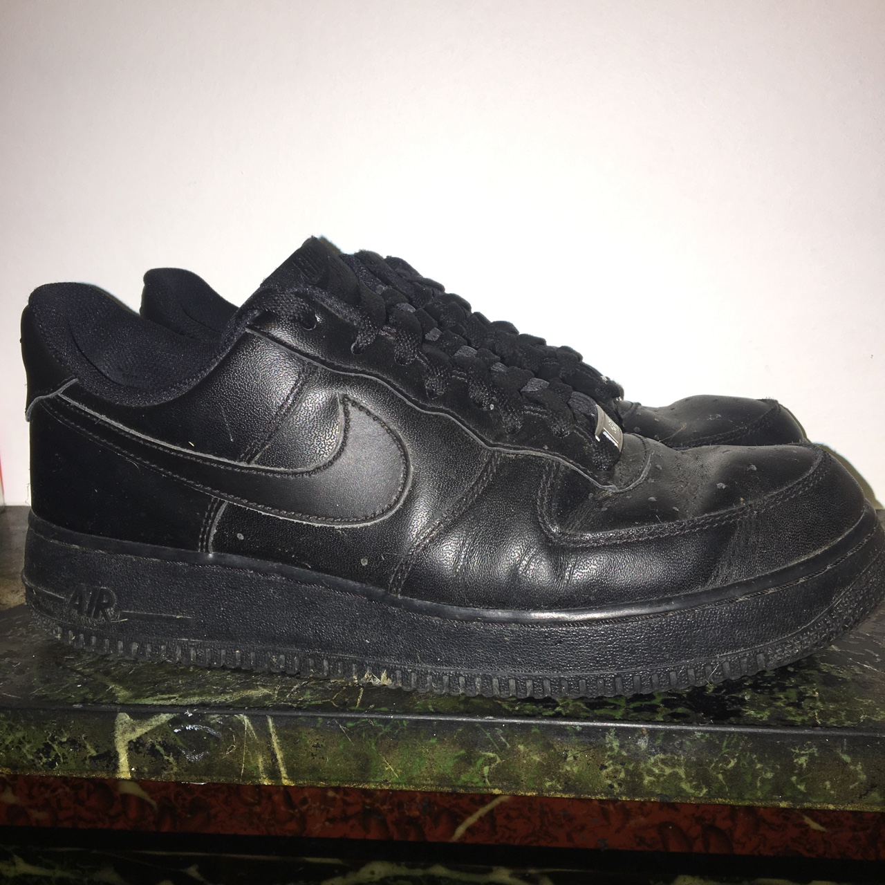 Nike Air Force 1 Size 8 Creasing on toe