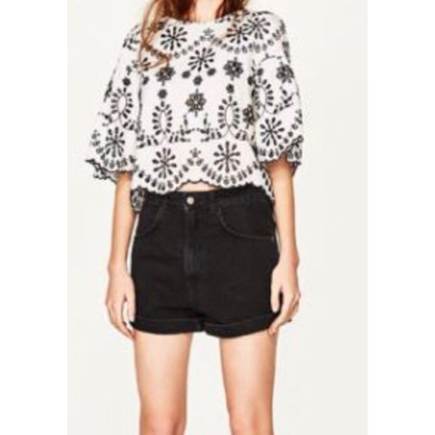 9d178c81eaa30e @darcyhurley. 9 months ago. United Kingdom. Zara Black White Top with Floral  Embroidery