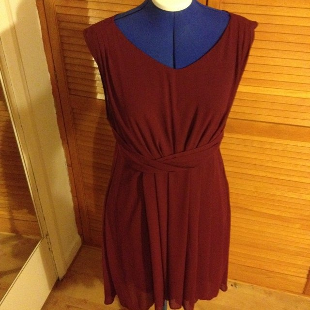 a80f7df294 New look size 16 smart graduation dress with sown in slip