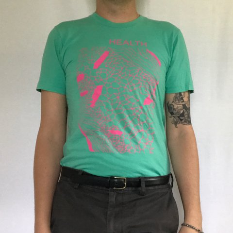 f63775b02 Rad old vintage Health band t shirt in a mint and hot pink a - Depop