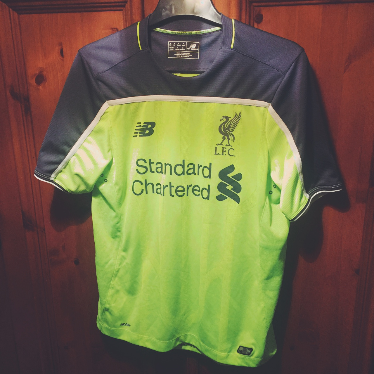 free shipping e8a1d af29f Liverpool FC Toxic Thunder 3rd Kit 16/17... - Depop