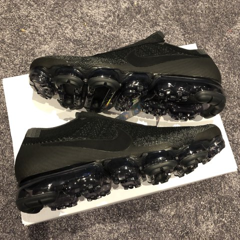 e55d8dba565 Nike Air Vapormax Flyknit SE triple black Brand new in 9.5 - - Depop