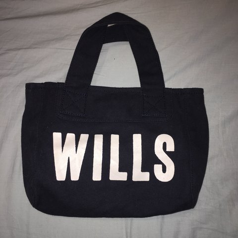 56094bb84 @shania_oliviaa. 4 months ago. United Kingdom. JACK WILLS SMALL NAVY TOTE  BAG