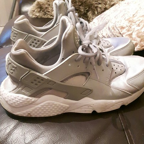 5b60b041ce4e Silver nike air huaraches Good condition One lace is frayed - Depop
