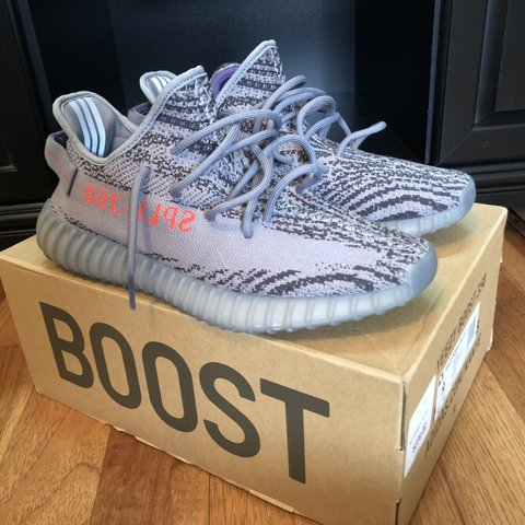 1a02e0111 Yeezy Boost 350 V2 BELUGA 2.0 AH2203 size 9 9 10 condition