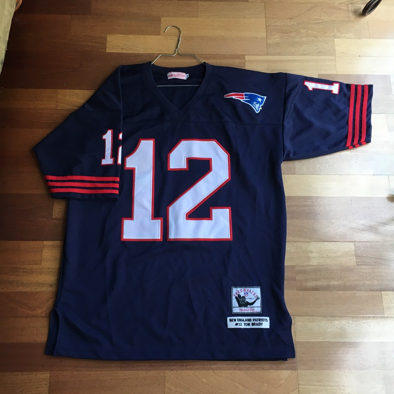 TOM BRADY VINTAGE MITCHELL AND NESS NEW ENGLAND PATRIOTS NFL - Depop 92bd3298b