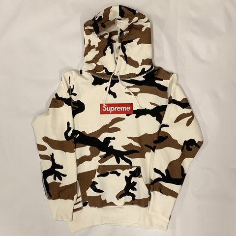d91bfe33d76f Supreme Camo Box Logo Hoodie Size Small Great Only - Depop
