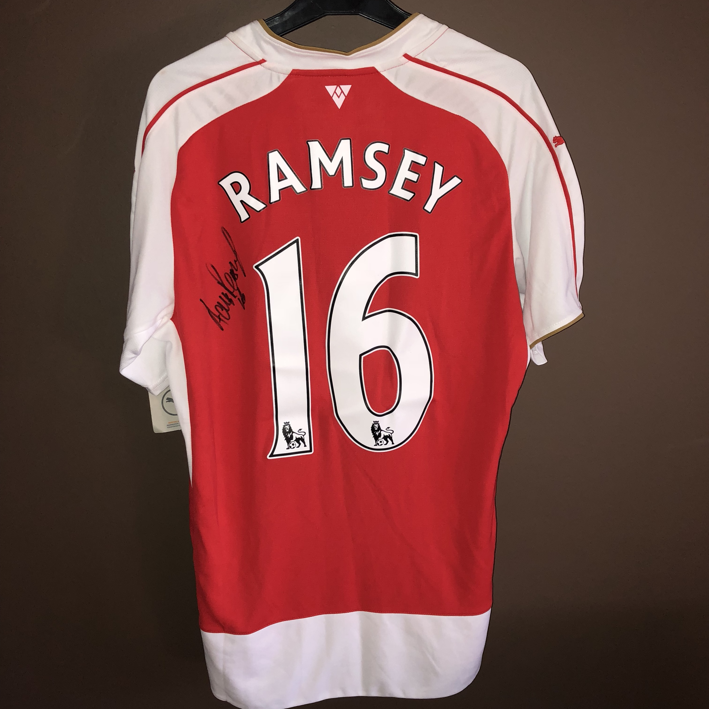 check out 61796 ac247 Signed Aaron Ramsey Arsenal FC shirt Comes with COA - Depop