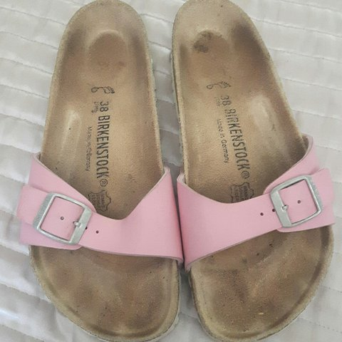 cba7a762399 Madrid baby pink and white birkenstock size 5 euro 38 but 7 - Depop