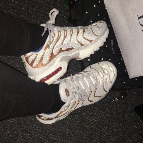 white and gold tns