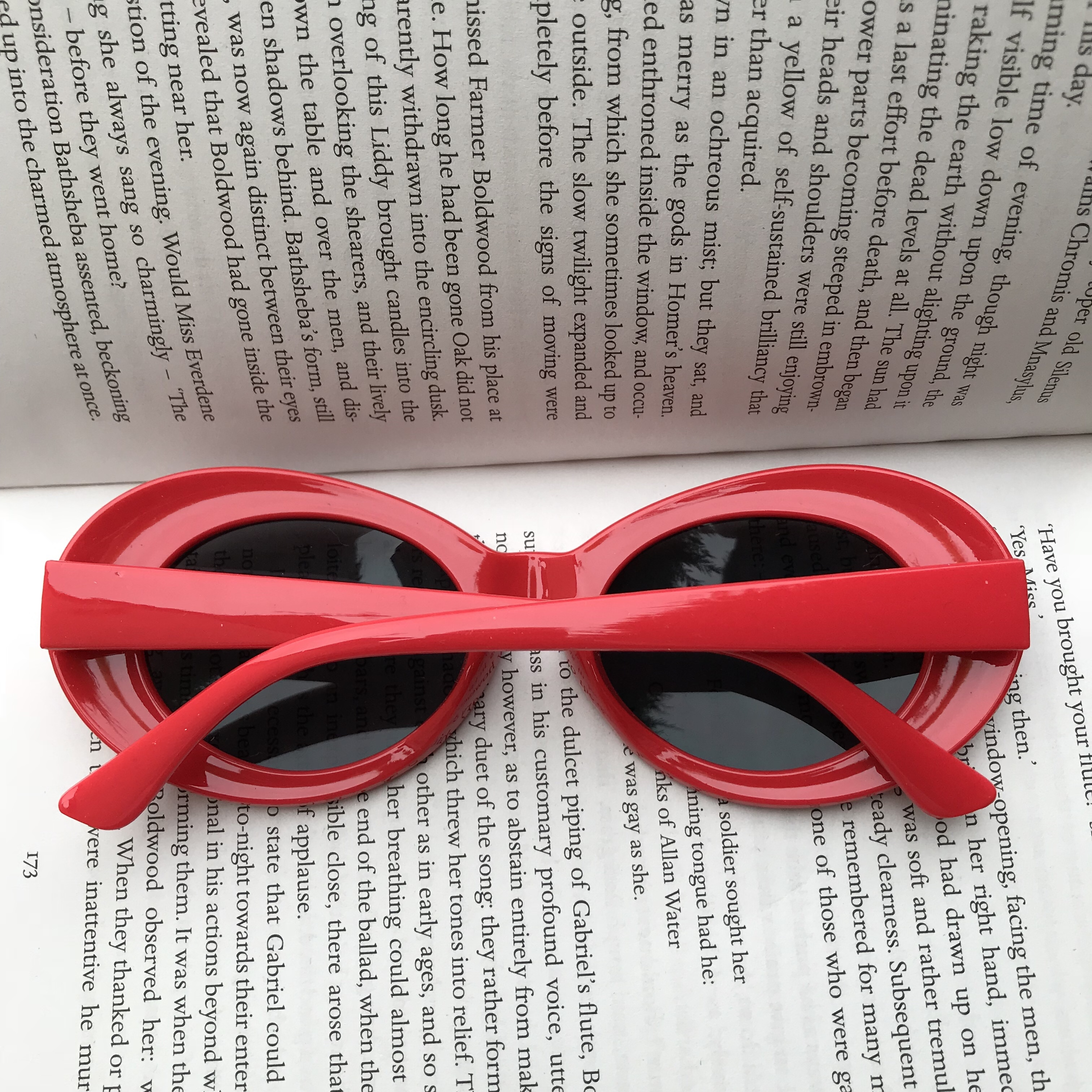 Kurt Cobain style clout goggle sunglasses🔥 sick red    - Depop
