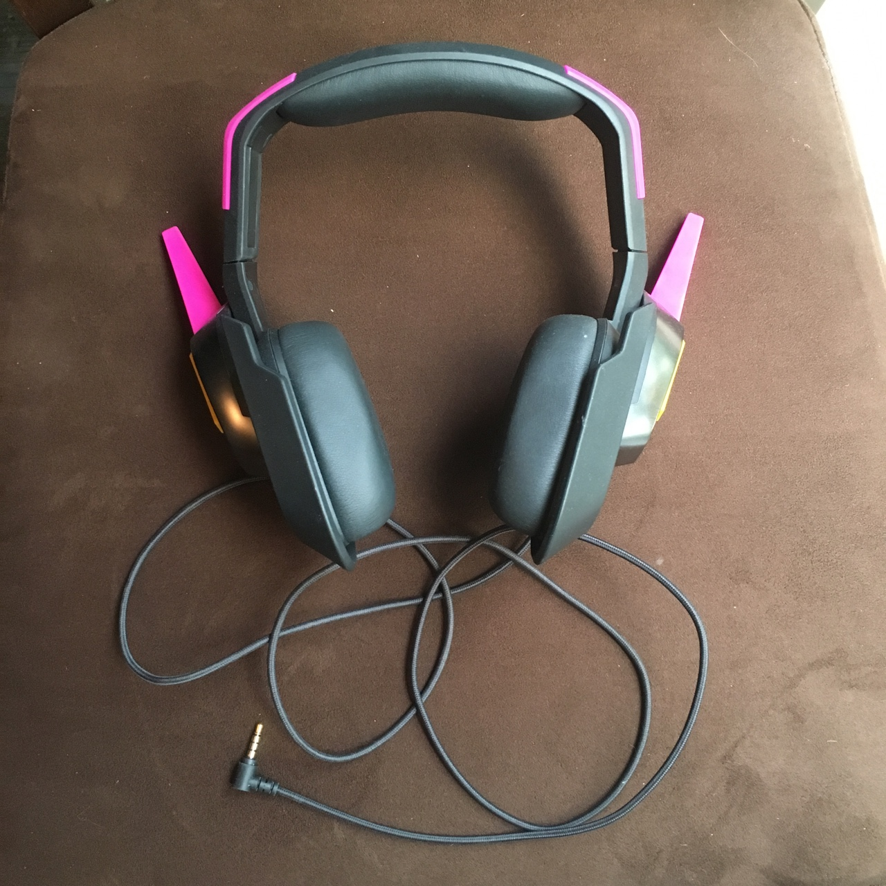 PRICE DROP D Va overwatch Meka Razer headset Brand    - Depop