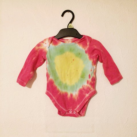 fa30cd2fd @malmt87. 2 years ago. Launceston, United Kingdom. Super hippie handmade tie -dye vest in size 3-6 months.