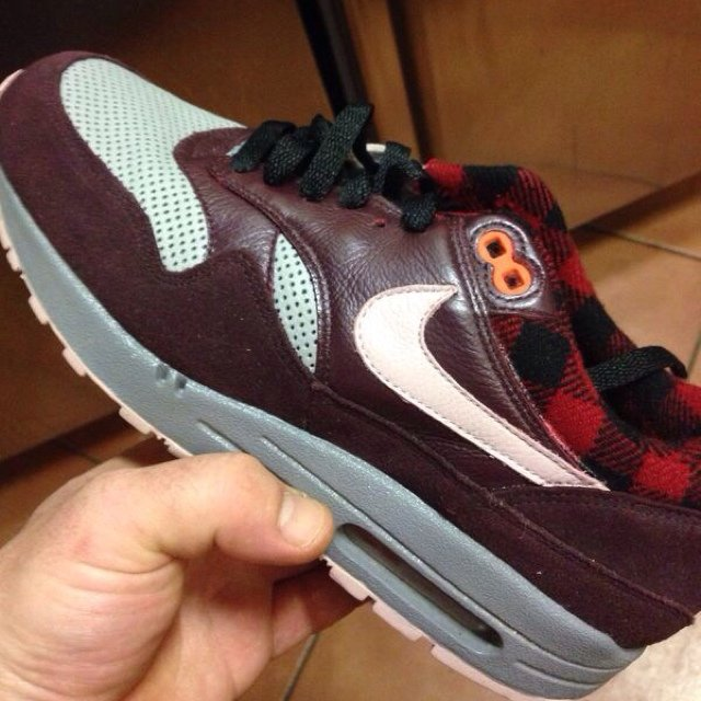 separation shoes b4734 0a15d ... reduced nike air max 1 flannel pack nike airmax am1 running depop ce435  c1e93