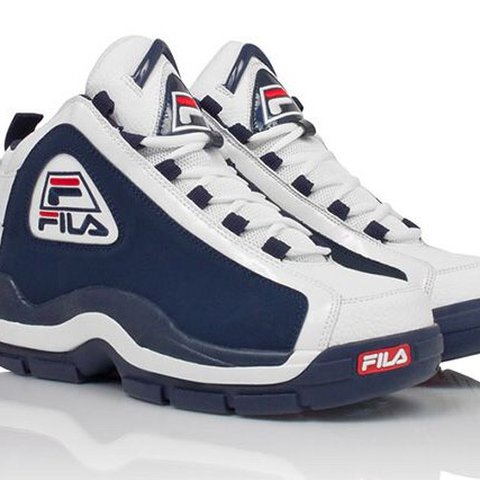 93273d5268e Fila 96 'Grant Hill 2' Retro 9/10 These have barely been me - Depop