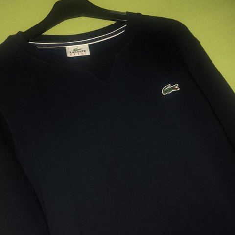 d1c79f2c @dyl4n_45. 8 months ago. Falkirk, United Kingdom. Lacoste jumper 9/10  condition. Size small