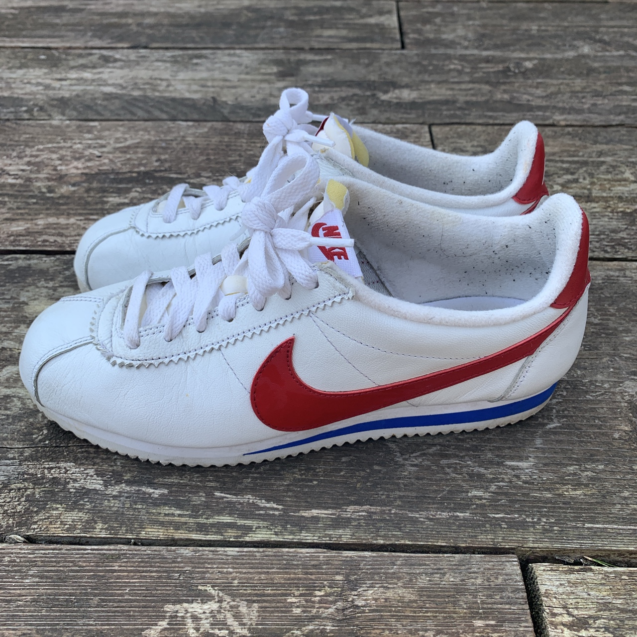 low priced 341fb 2c864 Nike Cortez Forest Gump trainers. In good condition... - Depop