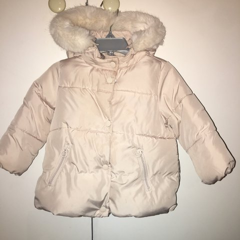 cf603e956d5c Zara baby girl 12-18 months cream coat with faux fur trim - Depop