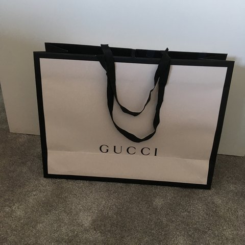 0a1597899f606e Authentic large GUCCI Carrier bag Collection only £10 - Depop