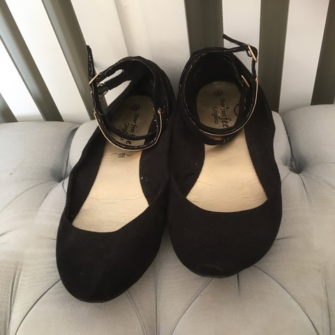 0814f1569864 Lovely black dolly shoes from new look with 2 separate ankle - Depop