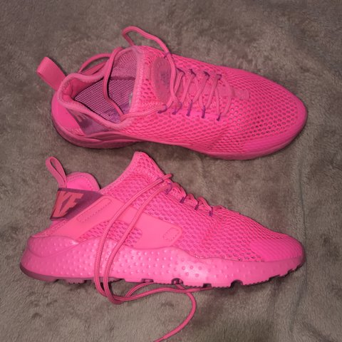low priced 5490f c6aa5  wjbutt. 6 months ago. Salford, United Kingdom. Women s Nike Air Huarache  Ultra Run Trainers Brand new ...