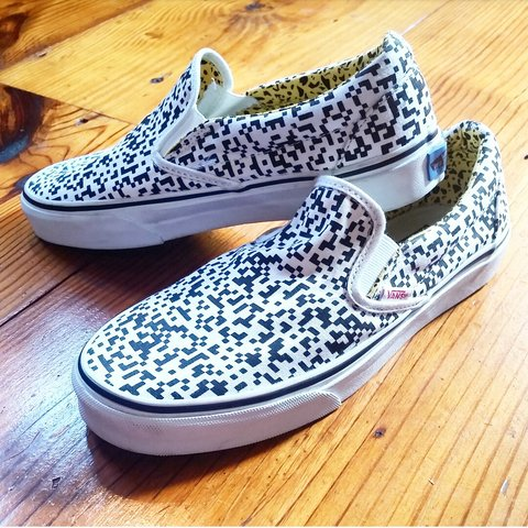 21f1c6a79c9 RARE vans! 😍 Lmited edition slip-on Vans from 2010