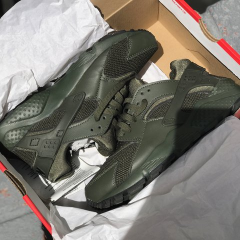 da3dfd5d4653 Brand New Olive Green Huaraches ✨ New with box Olive Green - Depop